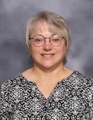 Holly Christensen : High School Secretary
