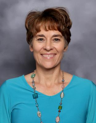 Leah Anne Lauritsen : Elementary Secretary